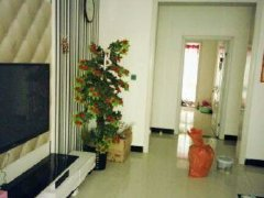 信阳市区康诗丹郡 3室2厅110平米 简单装修 半年付押一