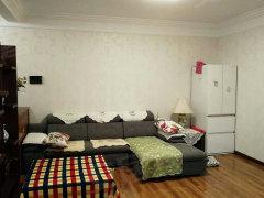 家电家具齐全,免费宽带无线网,整租精装修。
