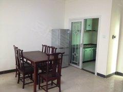 香堤雅湾 1700元 3室2厅2卫 普通装修,家电家具齐全随