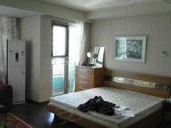 华贸公寓租房9500元/月