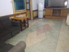 武陵高山街不夜城附近2室2厅80平米 家电齐全 700元/月