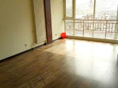 海天新都2室1厅  81平米出租 3200元 看房方便