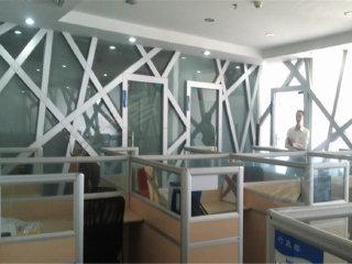 俯视深圳大学全景 西海明珠大厦 240平 4个隔间