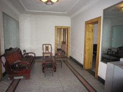沫若广场旁三室1厅1卫离县街小学和专区医院近
