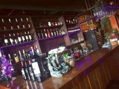 李沧宝龙广场对面咖啡店酒吧茶室转让带房租设备齐全接手即可营业