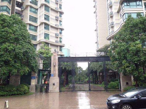 雅居乐七里海 三房南向 业主保养非常好 高楼层景观好光线充足