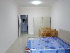 潍坊三村,一室朝南带阳台,生活便利,看房咨询,有钥匙安静优雅
