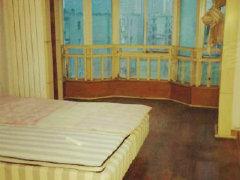 复古式装修,高楼层,低价位出租,家具家电都有,免费看房拎包住