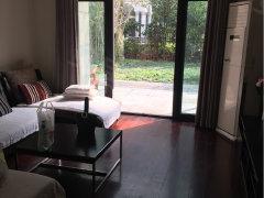 京华城二期御景园 精装修三房 有院子 配套设施齐全 生活方便