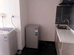 一房一厅 独立卫生间 厨房 阳台,租男生