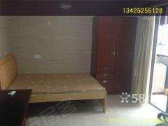 清城慧峰豪庭1室1厅42平米靓电梯楼