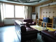 城区《县府街》全装3室 全套家具家电 3台空调 小区环境好