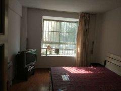 圣荣广场 3室2厅102平米 精装修 押一付三