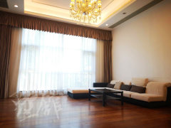 新出譽天下獨棟  全房五室 地暖   可接受簡單辦公客戶