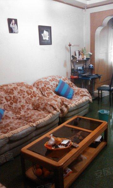 九龙坡区杨家坪跃华小区 两室一厅一厨一卫 精装修 高清图片