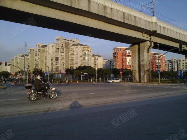 铁6号线,独立一室户出租,精装修全配,独立水电 ,浦东租房–上海高清图片