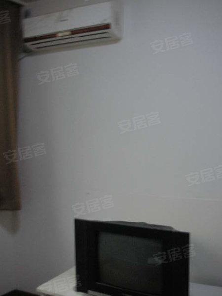 人民广场附近一室户出租高清图片