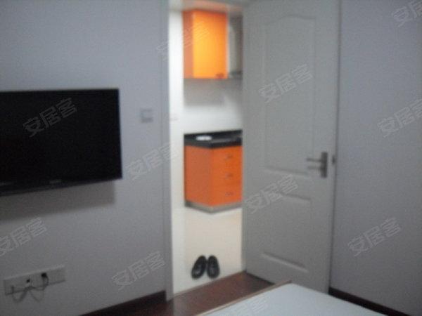 全新装修一室户 绝无仅有的一房 近莲花广场 九号线高清图片