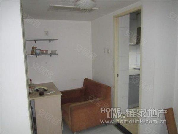 房子装修非常好,两个厕所朝北的,是恒华国际中一居*好的户型图