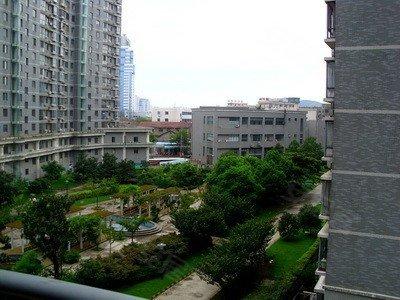 泰翔大厦,崇安寺租房,泰翔跃层两房,房东自住房,室内装修温
