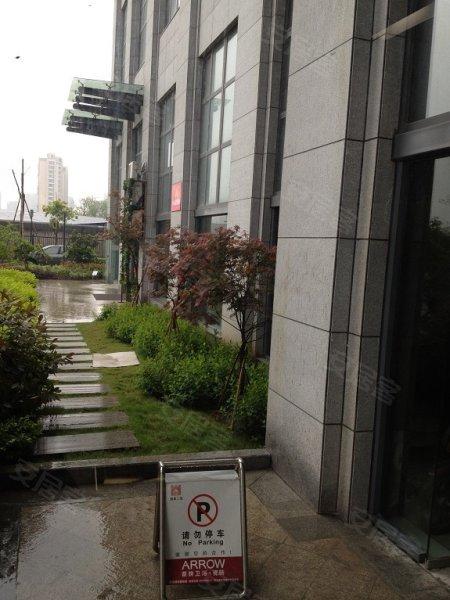 周边环境 平面图 平面图-润宇房产推荐精装修办公房,西城时代仅此