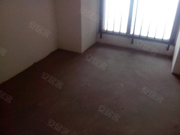 珊瑚水岸,3室2厅2卫,28号 南滨国际旁 ,中原精选 珊瑚水岸 3室2厅