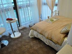 卧室:如若阳台做成了卧室或书房,客厅的采光效果会削弱不少