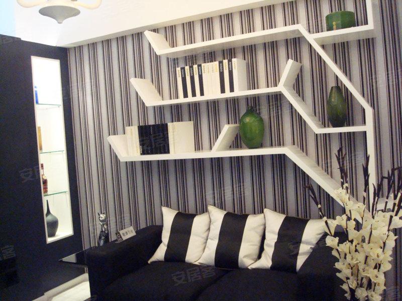 装修入户大堂;45平至100平精致户型,较高实用率,客厅铺装知名
