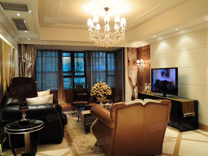 长房时代城143平米欧式4居室样板间欣赏(组图)高清图片