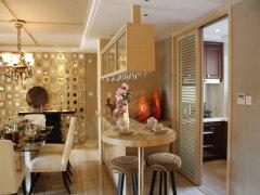 餐厅:餐厅位置正对进门玄关,与客厅相连,采光通风性能良好,高清图片