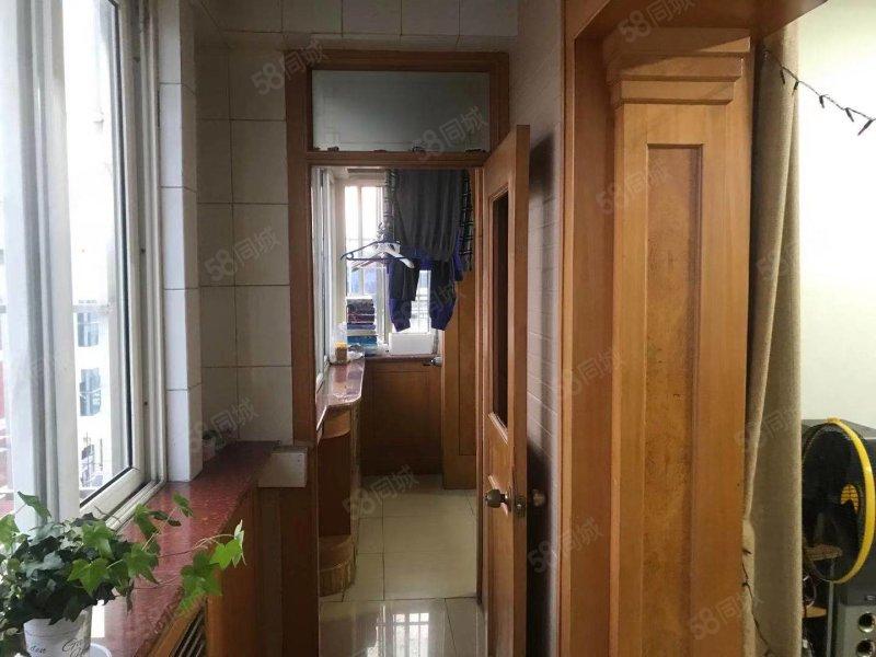 白檀小区(西区)2室2厅1卫100㎡南北240万