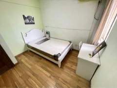 南京浦口桥北天润城第十三街区 4室2厅2卫 次卧 南出租房源真实图片