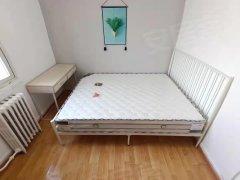 北京朝阳劲松潘家园  地铁十号线   华威北里小区  三家合住次卧室出租房源真实图片
