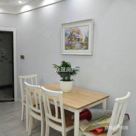 六中附近小广汇电梯三楼豪装三房带平台花园一口价61.8万
