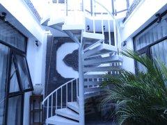 北京东城东四整租东四南大街整院精装独栋二层三室两厅三卫有大阳台会所出租房源真实图片