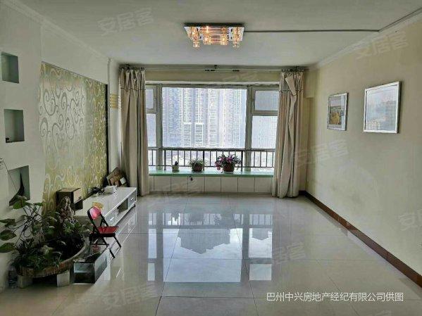四小旁铜锣湾8楼99平两室中装38.8万可按揭
