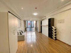 北京房山良乡1室1厅1卫 2400元月 南北通透出租房源真实图片