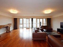 北京朝阳酒仙桥阳光上东 大面宽三居室 客厅80平 主卧带书房出租房源真实图片