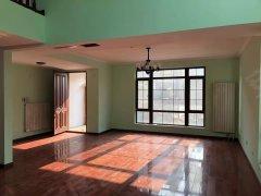 北京昌平北七家温哥华急租联排 5个卧室 边户 绿地面积150平出租房源真实图片
