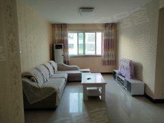 威海乳山市市区香格里拉二区 2室2厅1卫出租房源真实图片