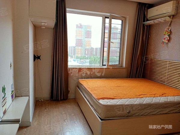 长白岛南昌中学望湖路小学新加坡城精装一室一厅满五年二手房