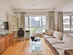 北京朝阳朝外大街居家布置 保养好 楼下咖啡角 生活气息浓厚出租房源真实图片