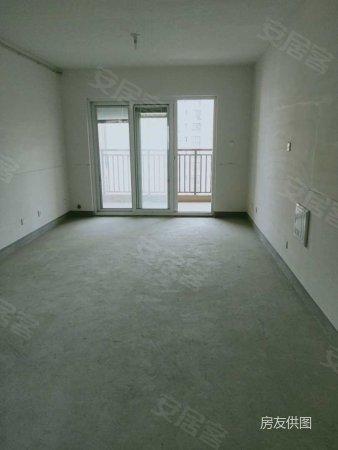 里外城3室2廳1衛83㎡南118萬