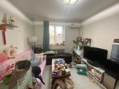 北京顺义机场机场生活区精装修两居室,低楼层,干净整洁,看房随时。出租房源真实图片
