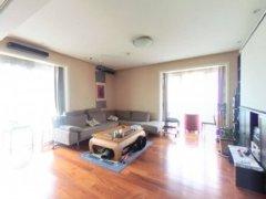 北京西城复兴门西城,金融街,华荣公寓东西向三居室急租,家电全齐,看房方便出租房源真实图片
