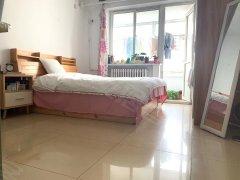 北京东城安定门安德路47号院 3室1厅1卫 主卧 东出租房源真实图片
