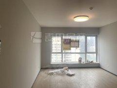 北京朝阳朝外大街全新新城国际高层观景两居室 全新装修 随时可看 随时签约出租房源真实图片