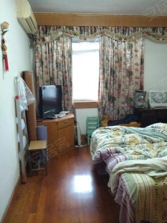 宁高专教师楼6楼顶,精装,图片真实,价格便宜,看房方便,急售二手房