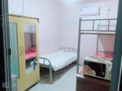 北京西城新街口苇坑胡同小区 1室0厅1卫 主卧 南出租房源真实图片