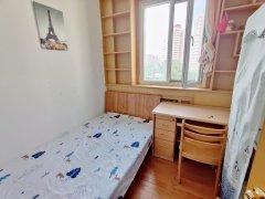 北京朝阳西坝河国展西坝河中里便宜次卧室出租三家合住随时看房出租房源真实图片